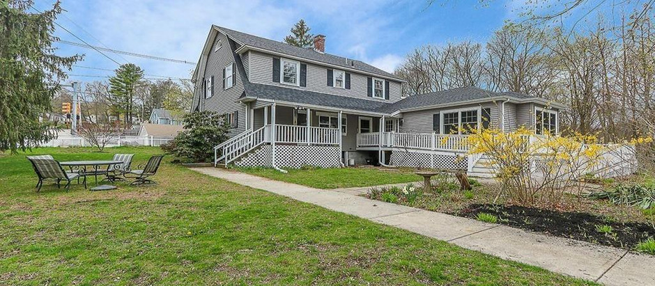 COLONIAL HOMES UNDER $1,000,000