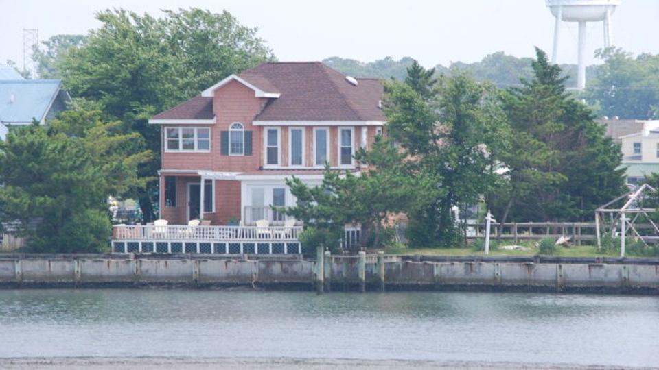 6194 Marsh Island Drive