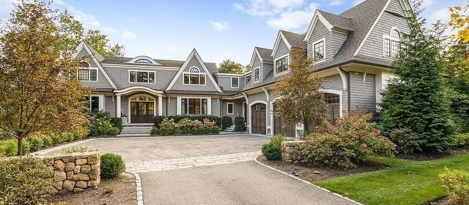 TOP 5 COLONIAL STYLE LISTINGS IN WESTON