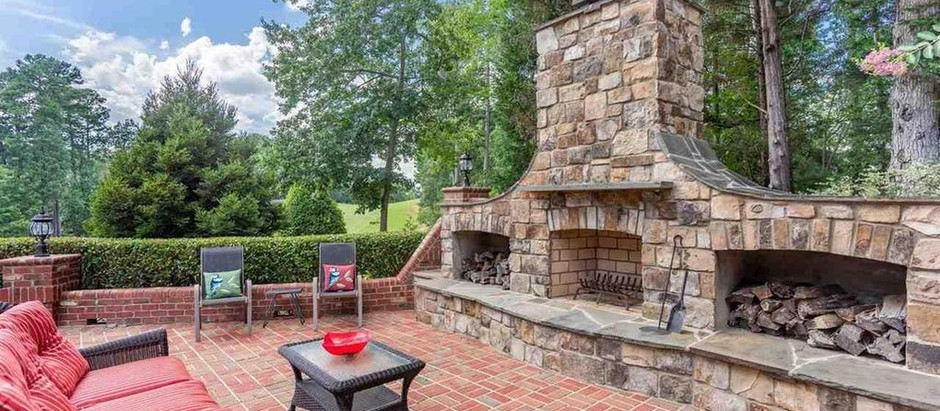TOP 5 LISTINGS PERFECT FOR A BACKYARD COOKOUT