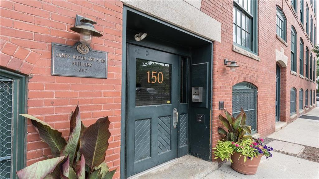 150 Chestnut Street