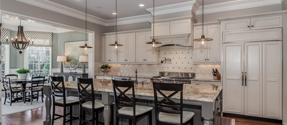 TOP 5 CHARLOTTE HOMES FEATURING BEAUTIFUL KITCHENS