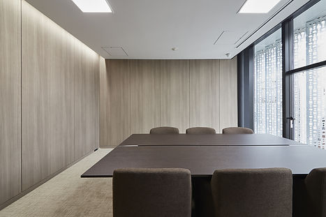 Di-Noc-Surface-Film-Conference-Room-Wall