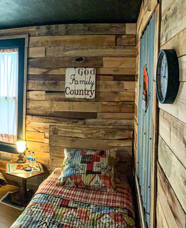 Moose Room 2