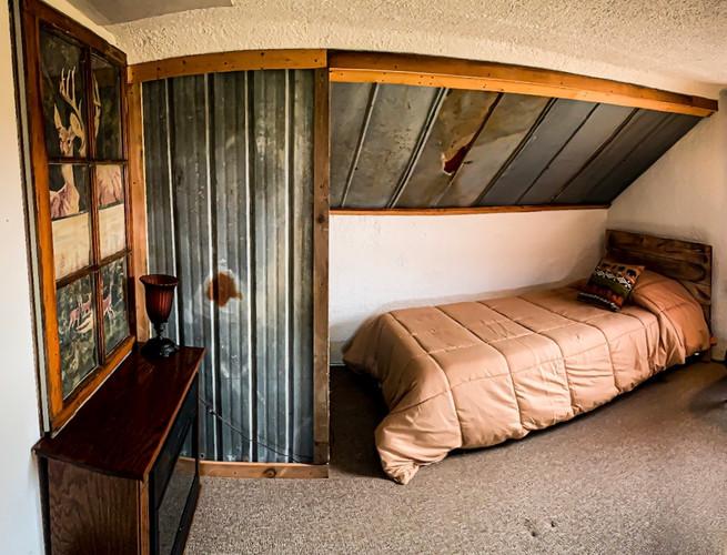 Deer Room 1