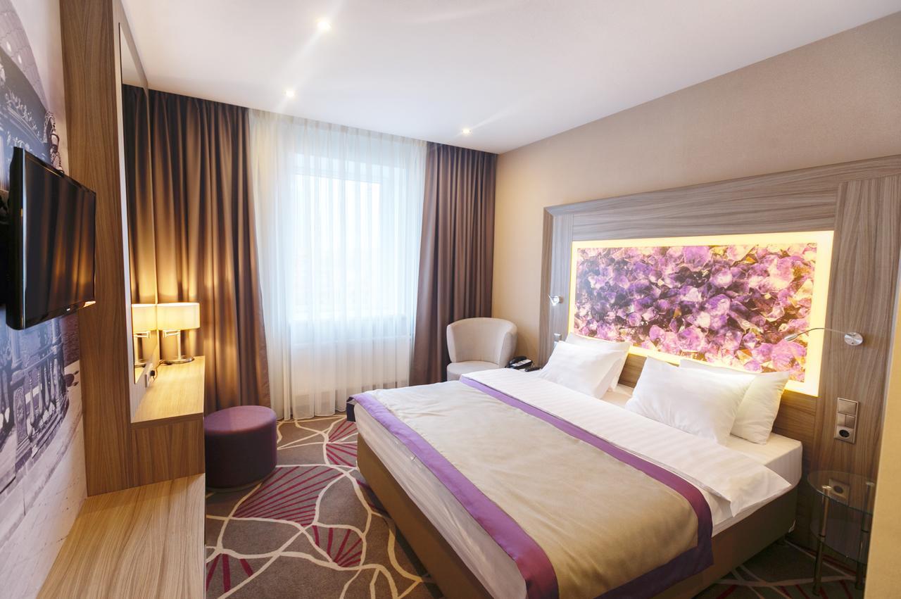 Hotel TENET