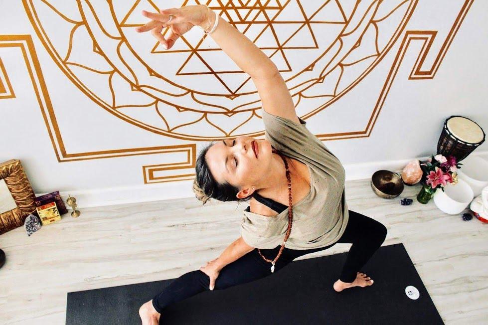 Practicing Yoga During Online Yoga Teacher Training