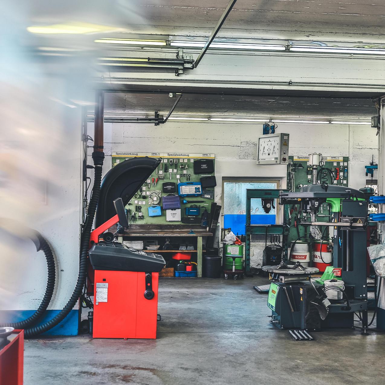 Sonnenberg Garage
