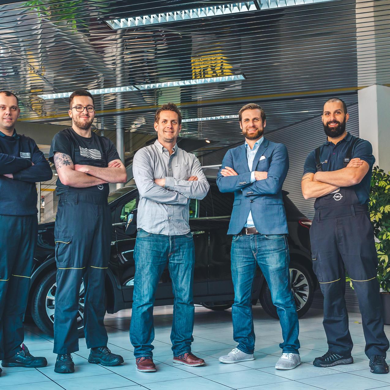 Sonnenberg Garage Teamfoto