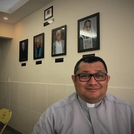 Nossos párocos - Padre Paulo