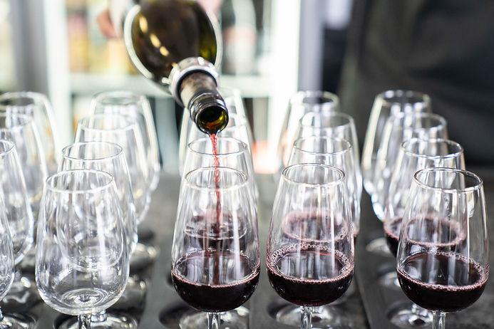 Wanaka-Pembroke-Wine-Spirits-VictoriaCaffrey 17.jpg