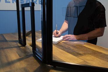 Tri-Fold-Window tabletoptransparent_3232