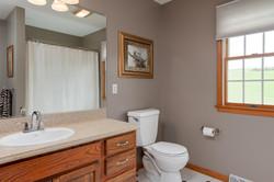 6738 East Creek South Wales NY-large-014-Bath-1500x999-72dpi