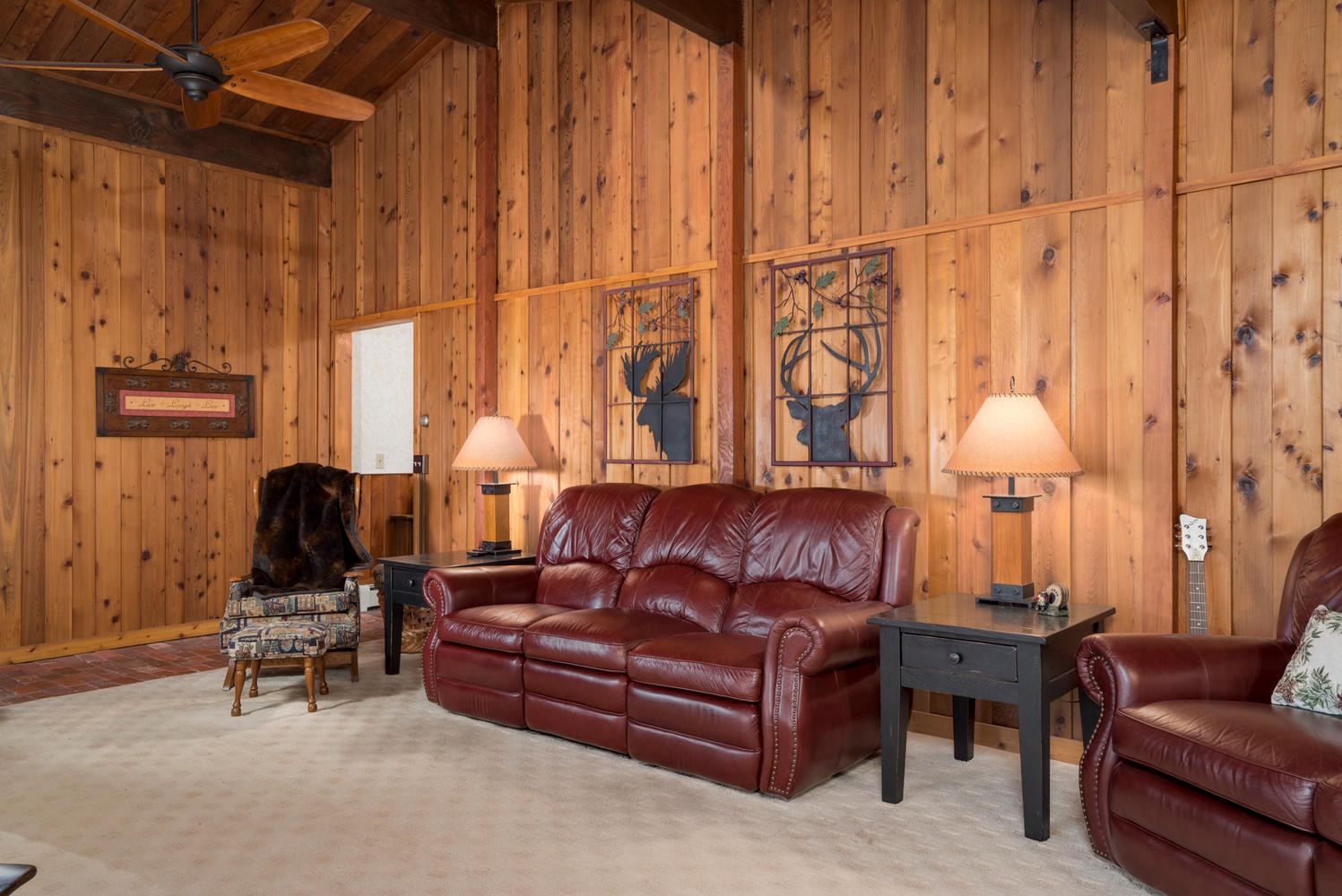 8374 Bleistein Rd Colden NY-large-012-21-Living Room-1498x1000-72dpi