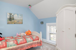 185 S Grove St East Aurora NY-large-015-3-Bathroom-1498x1000-72dpi