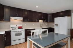 286 Parkdale Ave East Aurora-print-006-4-Kitchen-3000x2004-300dpi