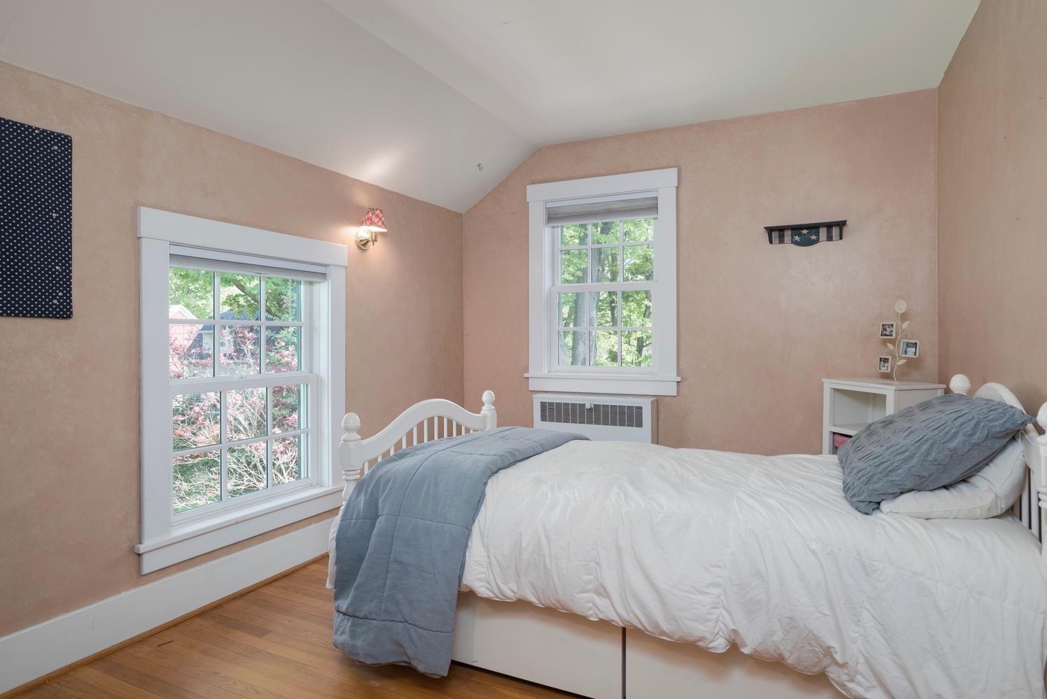 1051 Olean Rd East Aurora NY-large-014-12-Bedroom-1498x1000-72dpi