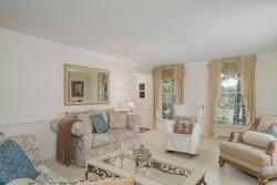 36 Timberlake Dr Orchard Park-large-005-7-Living Room-1498x1000-72dpi