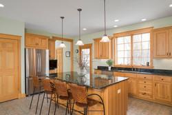 475 Porterville Rd East Aurora-large-008-22-Kitchen-1498x1000-72dpi