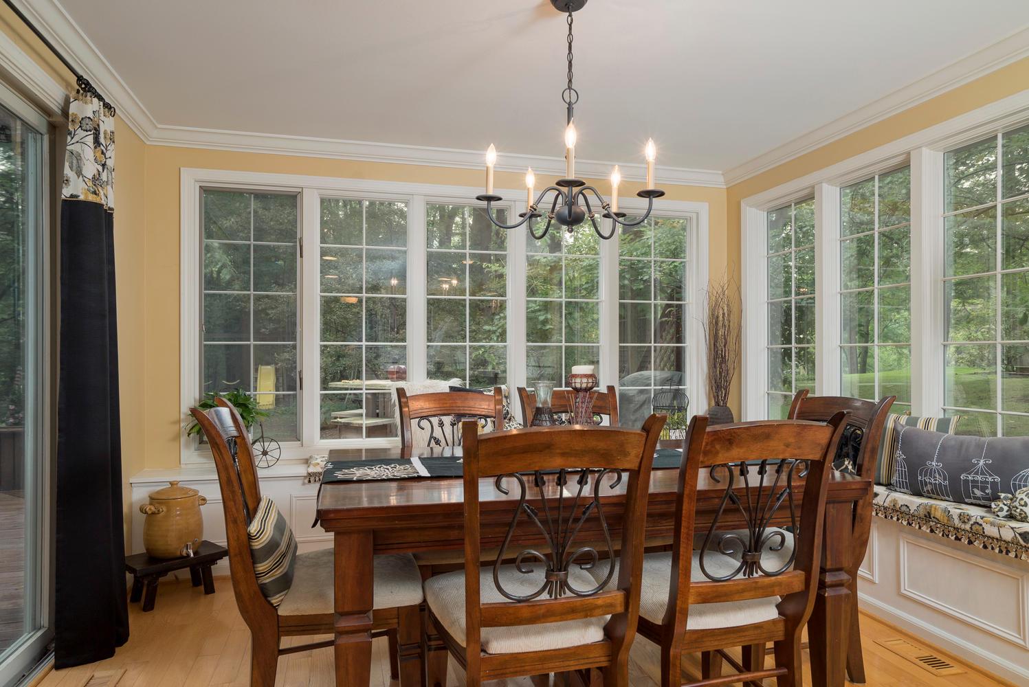 36 Timberlake Dr Orchard Park-large-012-18-Morning Room-1498x1000-72dpi