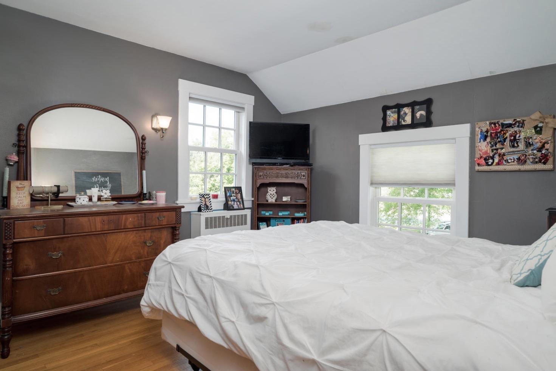 1051 Olean Rd East Aurora NY-large-013-14-Bedroom-1498x1000-72dpi