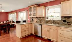 7289 Center St Holland NY-large-008-19-Kitchen-1498x1000-72dpi