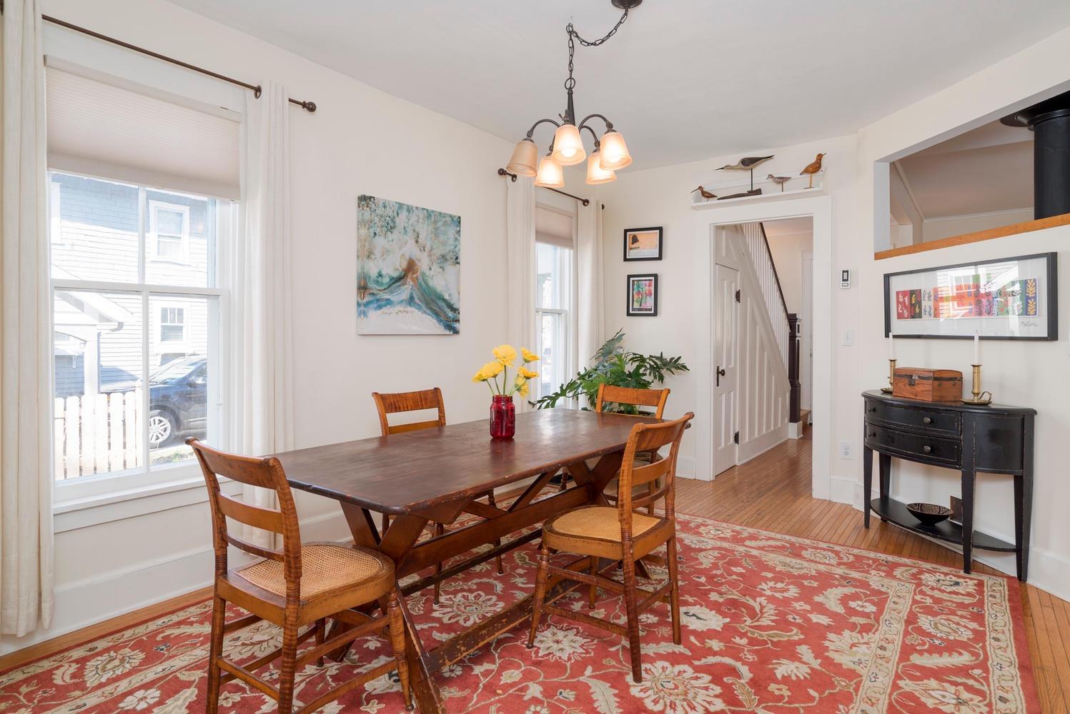 185 S Grove St East Aurora NY-large-008-11-Dining Room-1498x1000-72dpi