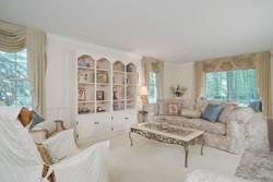 36 Timberlake Dr Orchard Park-large-004-5-Living Room-1498x1000-72dpi