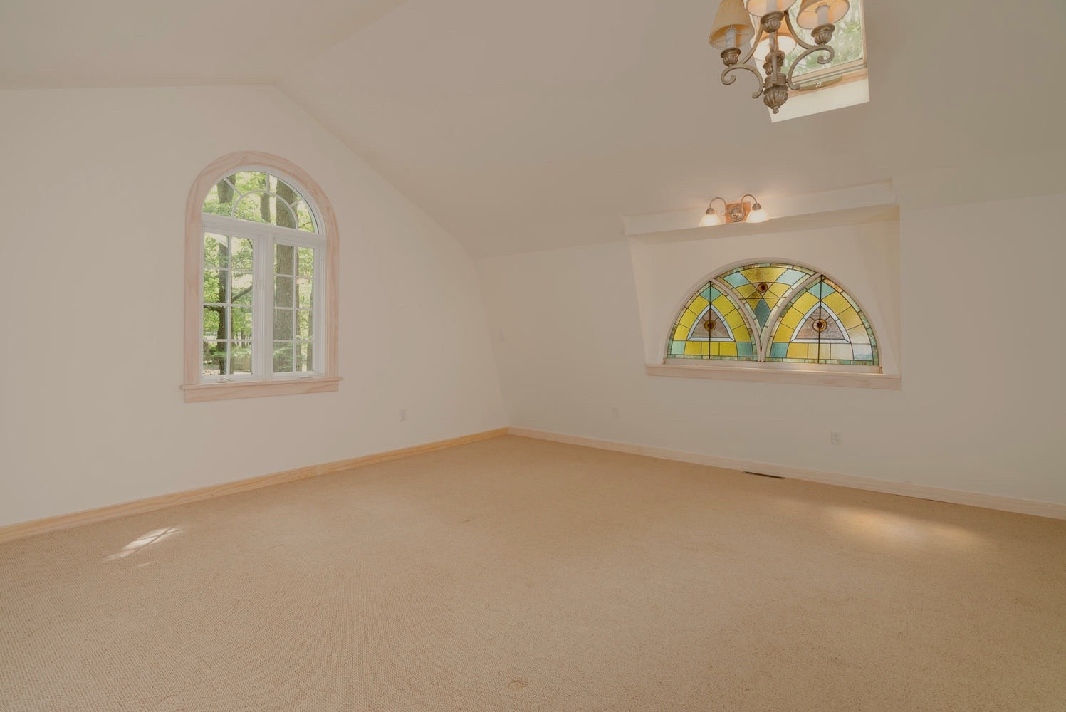 1000 Quaker Rd Orchard Park NY-large-011-6-Master Bedroom-1498x1000-72dpi