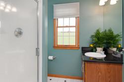6738 East Creek South Wales NY-large-011-Master Bath-1500x999-72dpi