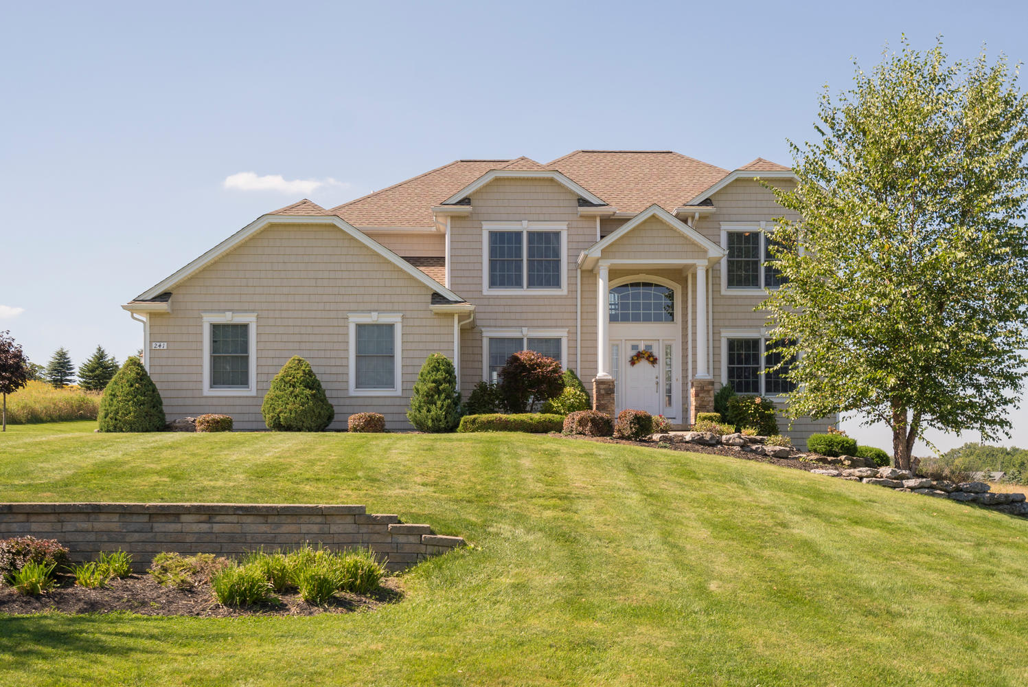 241 Reiter Rd East Aurora NY-large-001-26-Exterior  Front-1498x1000-72dpi
