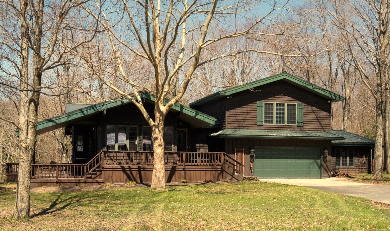 8374 Bleistein Rd Colden NY-large-001-30-Exterior  Front-1500x1000-72dpi (1)
