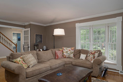 1206 Carriage Dr East Aurora-large-003-Family Room-1498x1000-72dpi