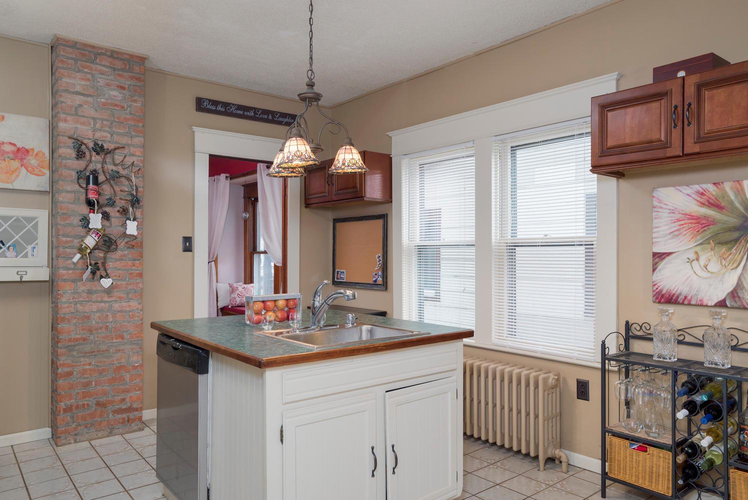 55 Benson Ave Buffalo NY 14224-large-008-6-Kitchen-1498x1000-72dpi