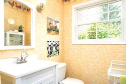 920 N Star Rd East Aurora NY-large-019-8-Bathroom-1498x1000-72dpi