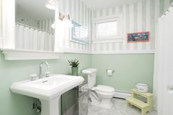 920 N Star Rd East Aurora NY-large-018-1-Bathroom-1498x1000-72dpi