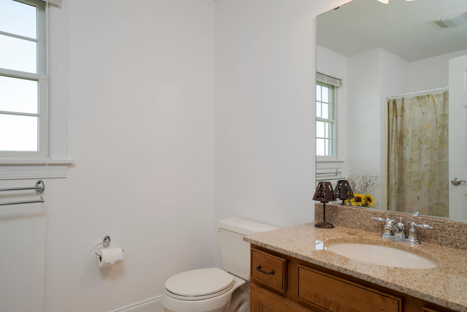 241 Reiter Rd East Aurora NY-large-017-7-Bathroom-1498x1000-72dpi