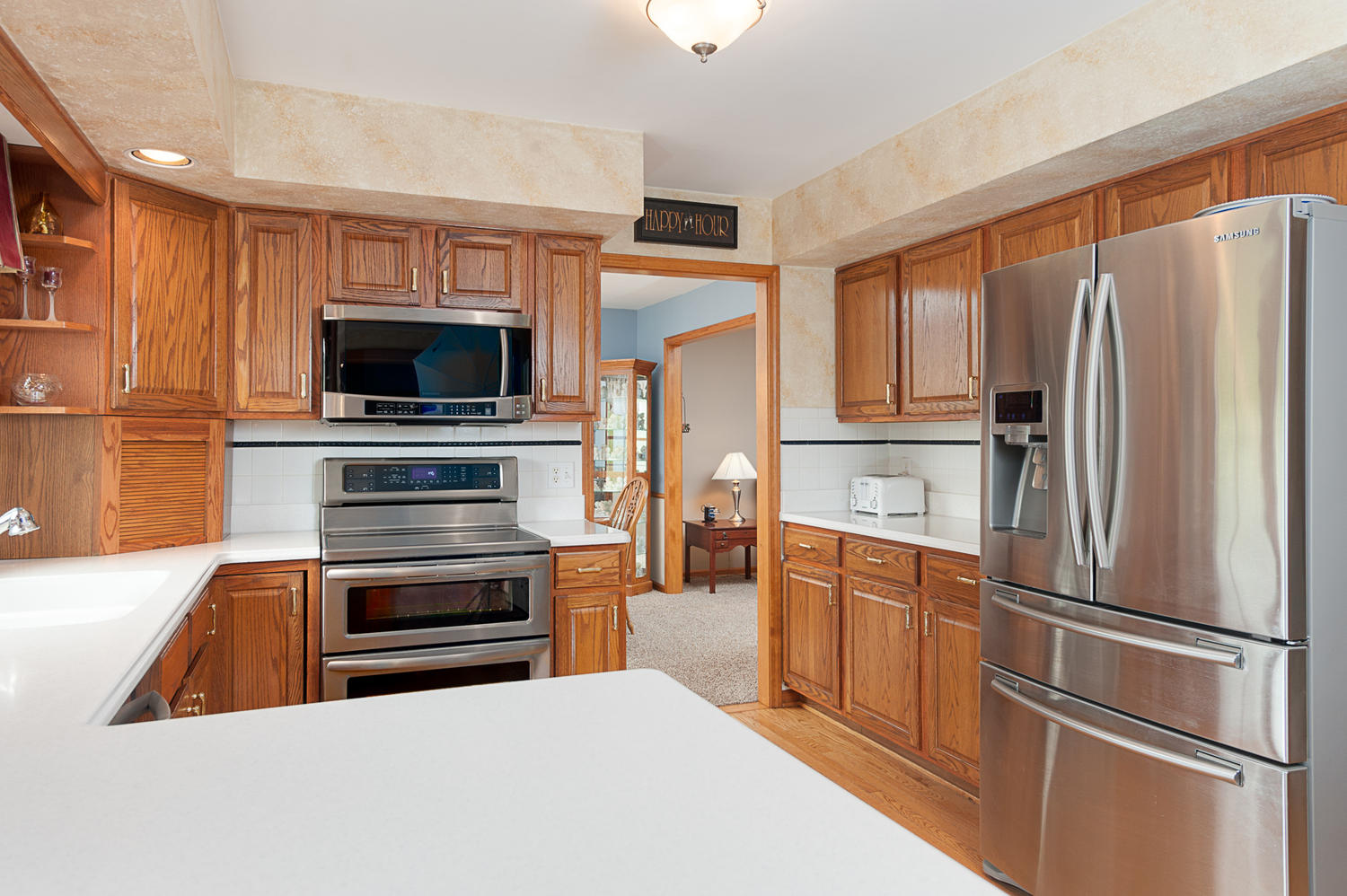 6738 East Creek South Wales NY-large-007-Kitchen-1500x999-72dpi