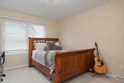 67 Avian Way Lancaster NY-large-012-20-Bedroom-1498x1000-72dpi