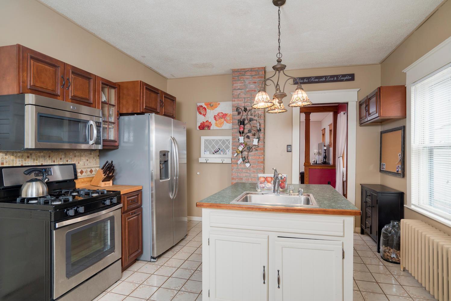 55 Benson Ave Buffalo NY 14224-large-009-10-Kitchen-1498x1000-72dpi