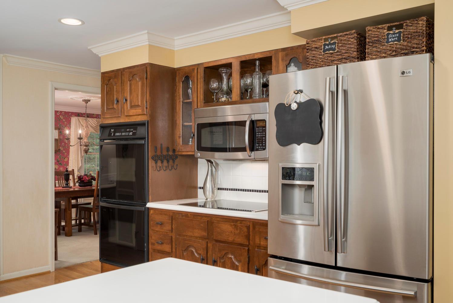 36 Timberlake Dr Orchard Park-large-011-9-Kitchen-1498x1000-72dpi