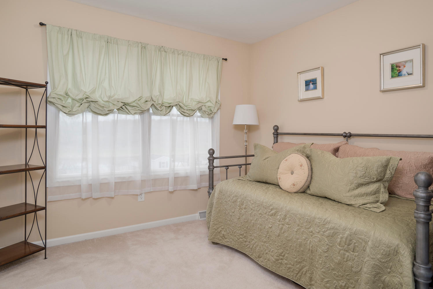 67 Avian Way Lancaster NY-large-013-9-Bedroom-1498x1000-72dpi