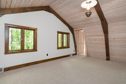 1000 Quaker Rd Orchard Park NY-large-013-19-Bedroom-1498x1000-72dpi