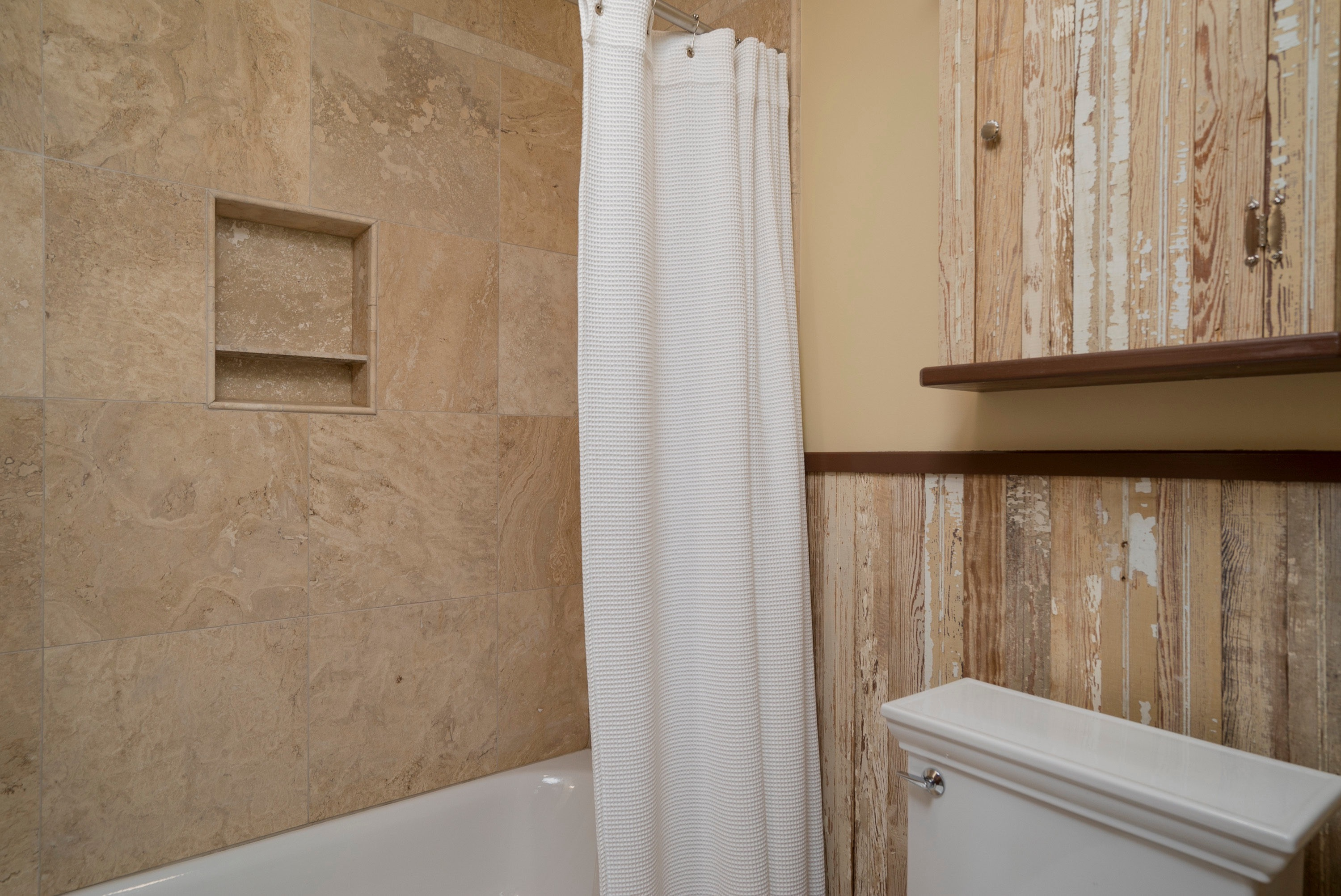 2651 Bowen Rd Elma Center NY-print-024-Bathroom-3000x2004-300dpi
