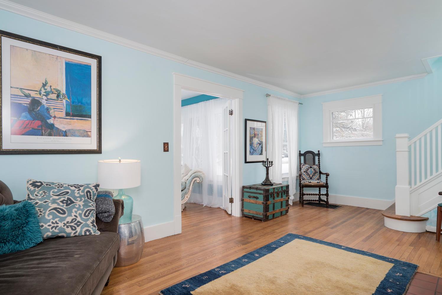 94 Center St East Aurora NY-large-004-10-Living Room-1498x1000-72dpi