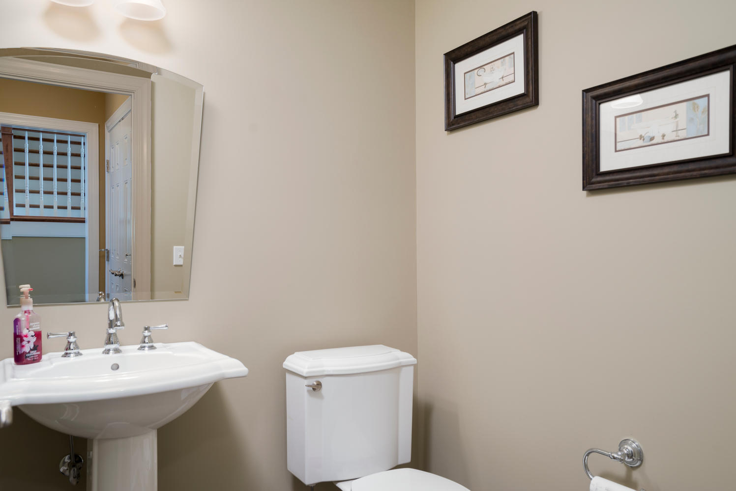 241 Reiter Rd East Aurora NY-large-023-13-Bathroom-1498x1000-72dpi
