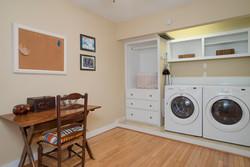 185 S Grove St East Aurora NY-large-019-19-Laundry-1498x1000-72dpi