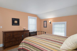 1051 Olean Rd East Aurora NY-large-012-9-Master Bedroom-1498x1000-72dpi