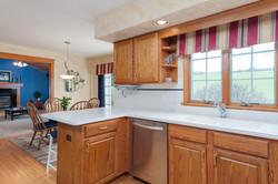 6738 East Creek South Wales NY-large-006-Kitchen-1498x1000-72dpi