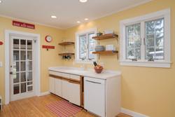 185 S Grove St East Aurora NY-large-009-7-Kitchen-1498x1000-72dpi
